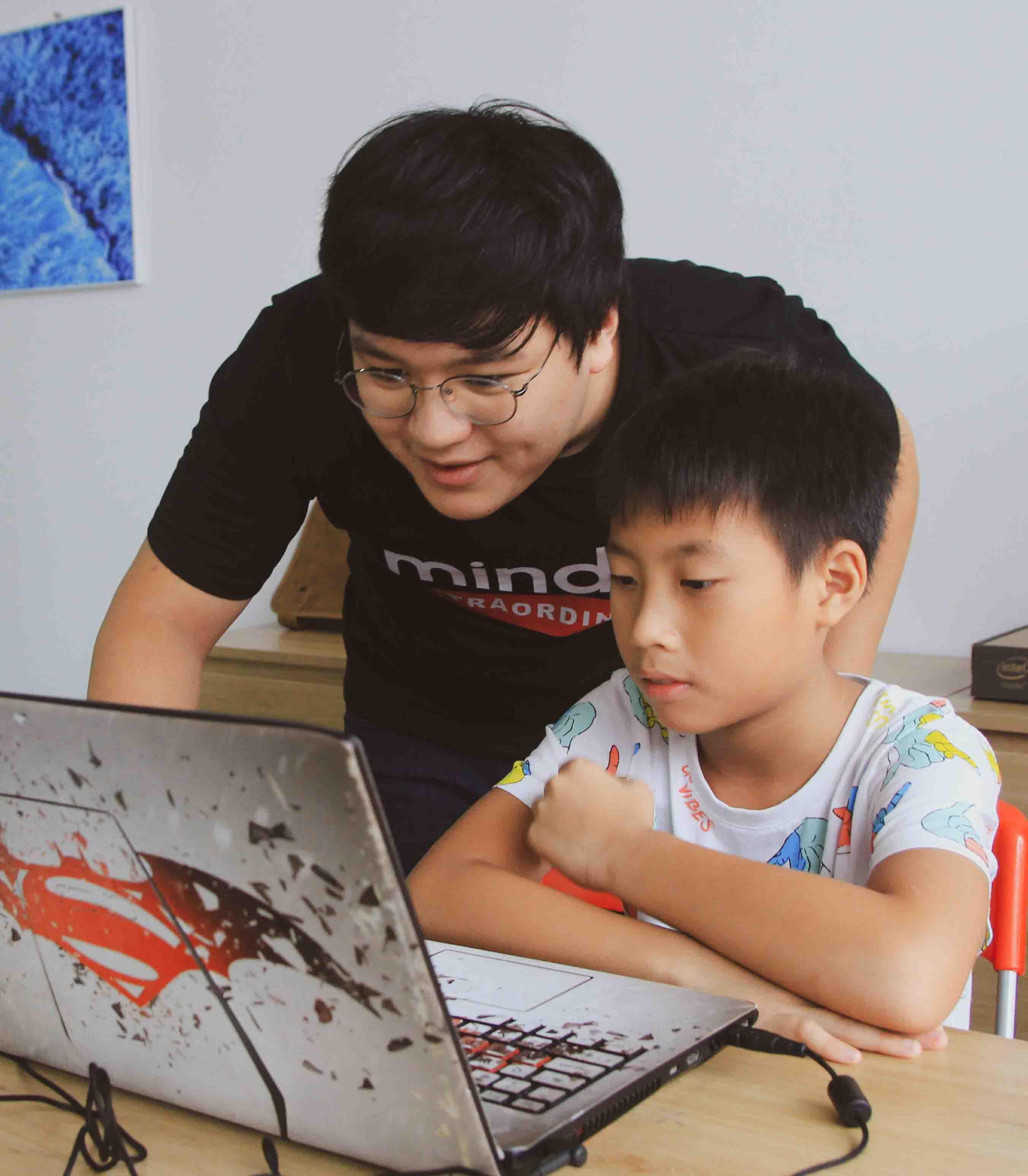 Tầm quan trọng của việc đào tạo lập trình react js cấp tốc dành cho trẻ em
